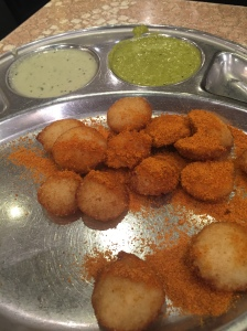 Cocktail fried idli