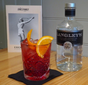 Negroni Jones Family Project World Gin Day
