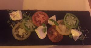 Quintessenza - tomato and mozzarella salad
